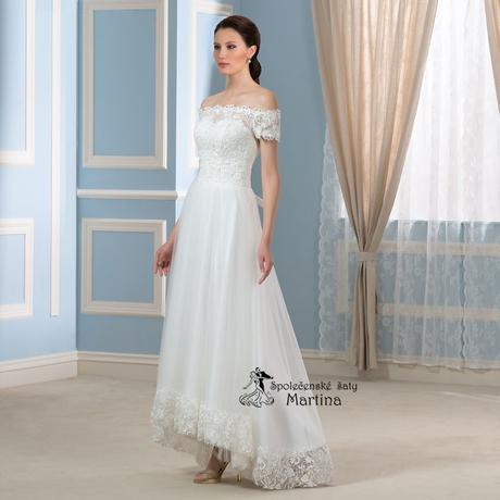 svatební šaty, 48
