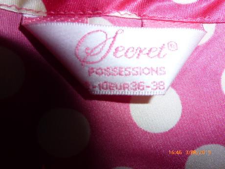 Puntíkatá košilka zn. Secret, vel. 36-38, 38