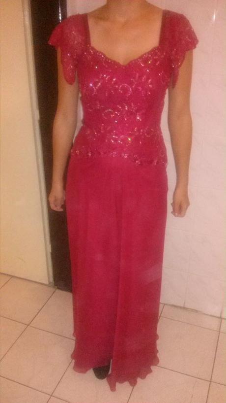 Bordové šaty , 38