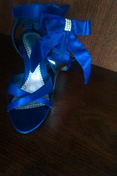 kráľovsky modré sandále , 36