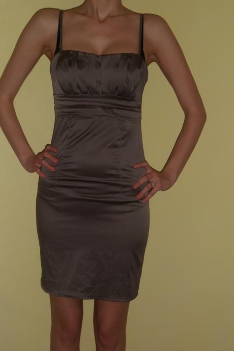 šaty M, M