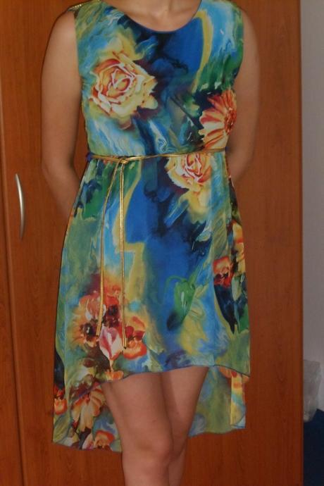 spoločenské šaty , M