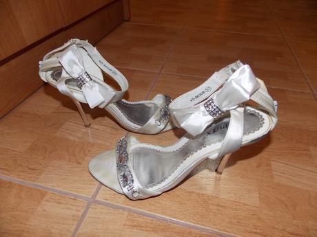 Sandále  saténové, 37