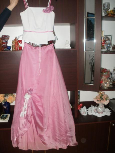 Spoločenské šaty s korzetom, 36