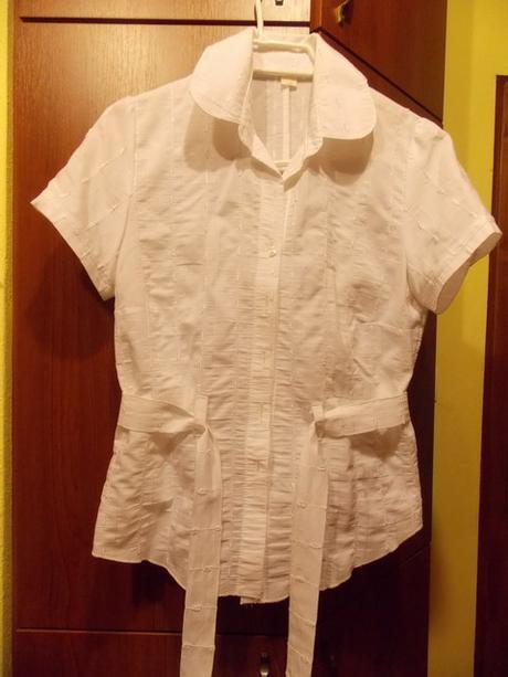 Sviatočná košeľa, 38