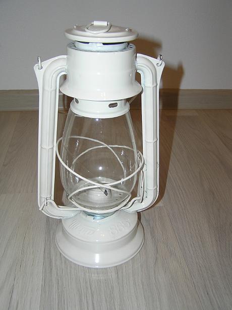 liehový lampáš  kovový,