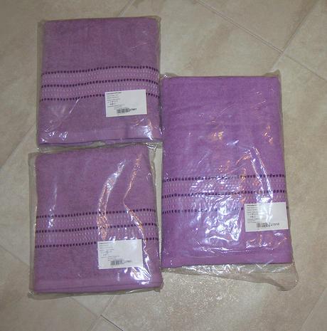 Nepoužívané uteráky + osuška,