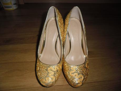 Zlaté topánky, 38