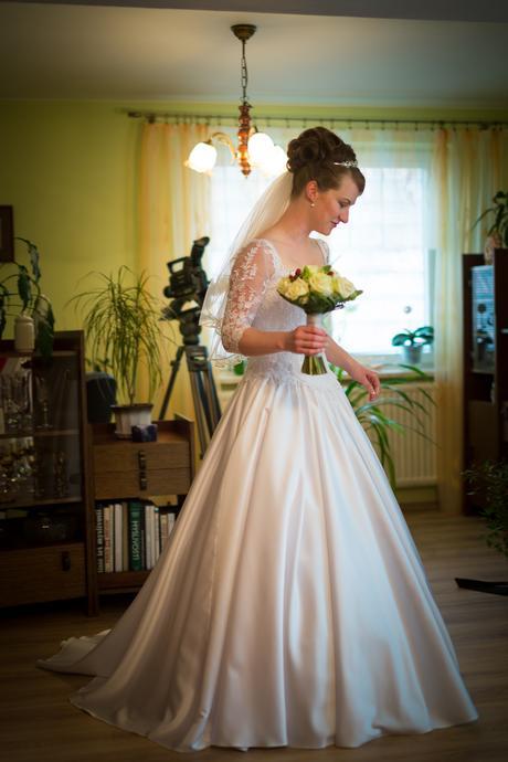 Bílé svatební šaty vel.36 - 38, 36