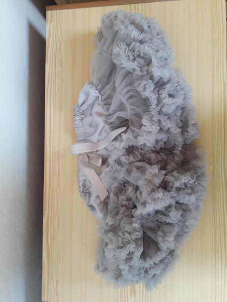 Dolly sukna siva, 128