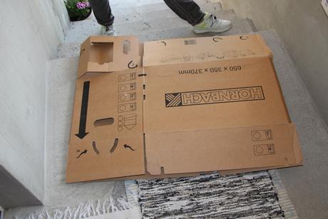 Krabice na stahovanie-odkladanie,