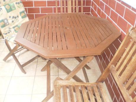 stôl,4 stoličky Baumax,