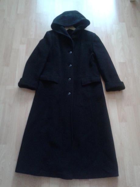 Dlhý zimný kabát s kapucňou MAKYTA , 42
