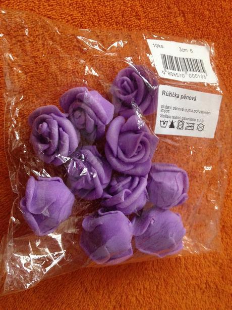 Světle fialové pěnové růžičky, bal. 10 ks,