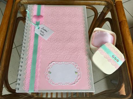 Dřevěná krabička s polštářkem na prstýnky PinkMint,