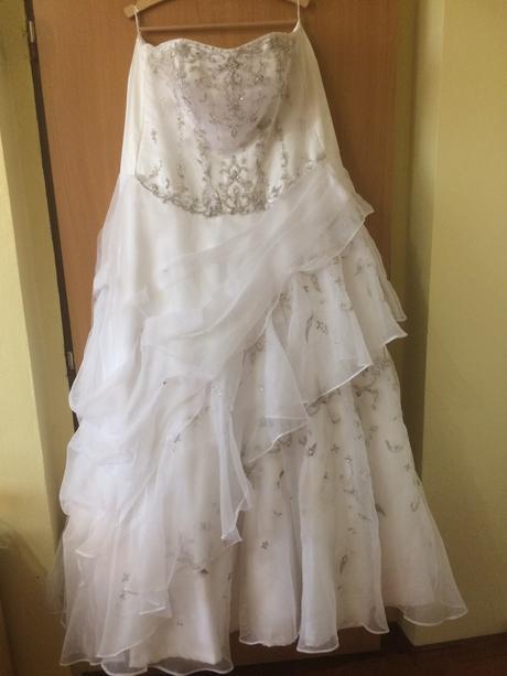 Svatební šaty vel.54 a více, 54