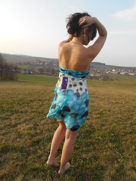 Šifonové šaty, 38