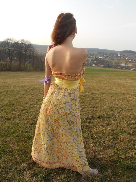 Žluté, květované, romantické, vzdušné šaty , 36