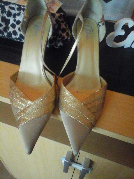 baťa zlaté boty na podpatku, 41
