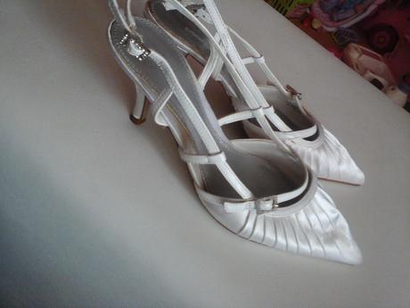 bílé boty na podpatku 40, 40