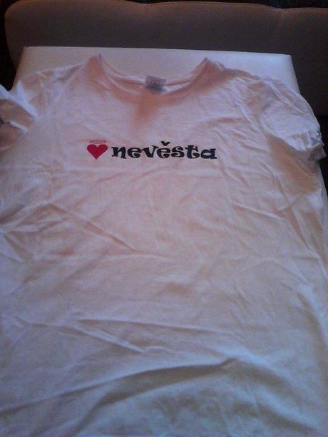 tričko nevěsta L-XL,