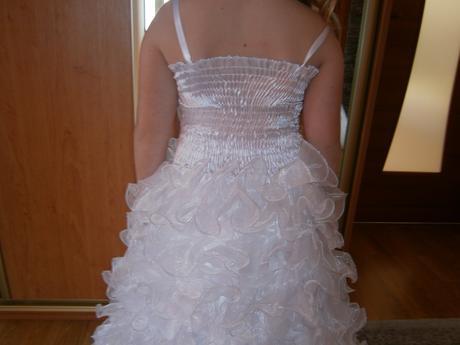 šaty na prve sv. prijimanie, 140