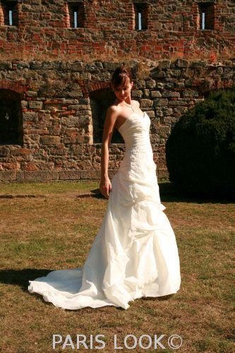 Prodej-svatební šaty zn. cosmobella, 40, amethiste, 40