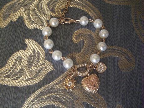 naramok perlovy s priveskami - detsky,