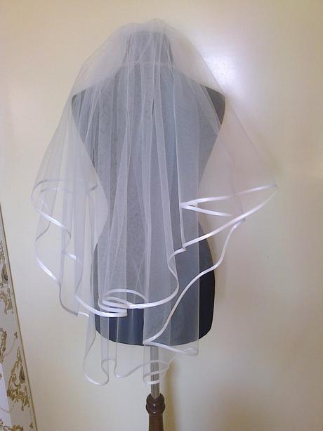 Svadobny zavoj 2-vrstvovy s lemom biely/ivory 80cm,