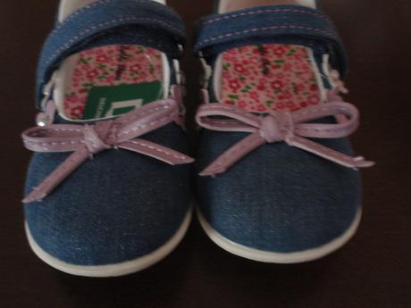 Sandálky, 23