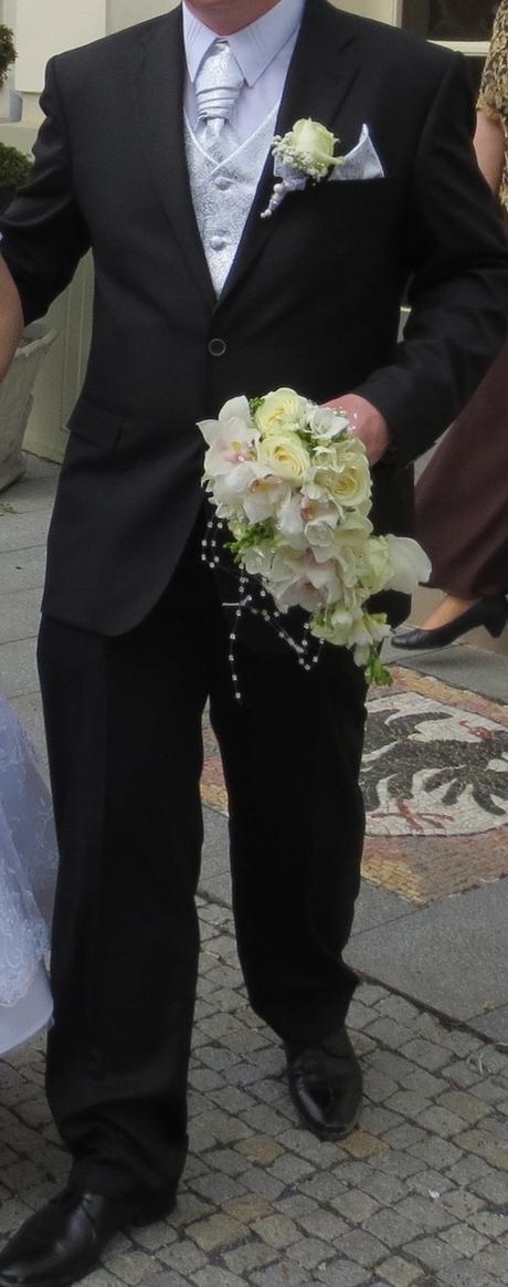 Svadobná vesta, 56