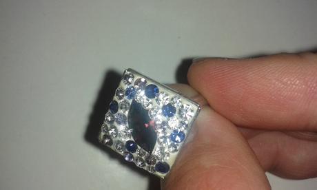 Strieborny prsten so swarovski krystalmi,