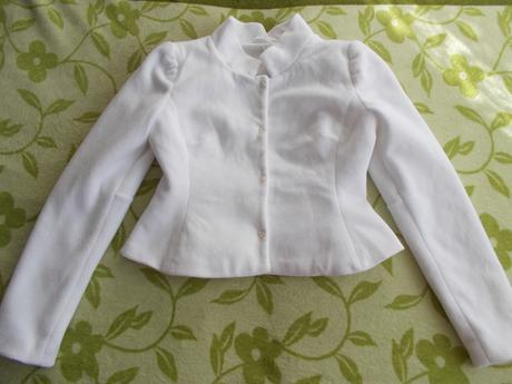 kabátik k svadobným šatám, 38