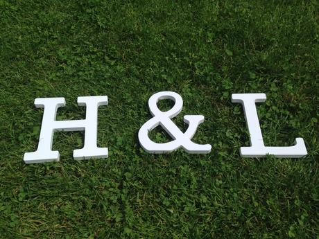 Bílá písmena H&L 15 cm,