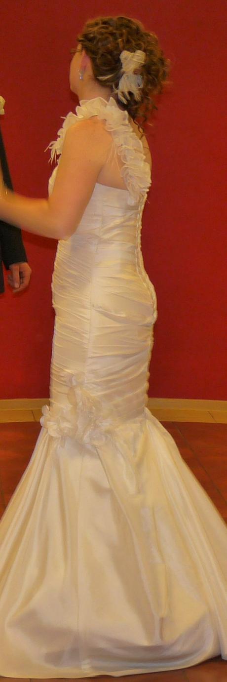 Svadobné šaty, bolerko, spodnička, 38