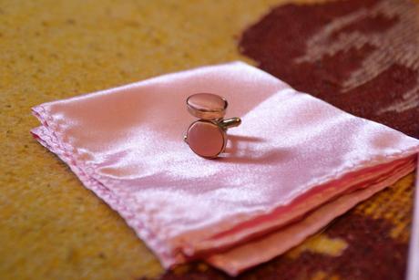 Kravata - ružová + gombíky a vreckovka,