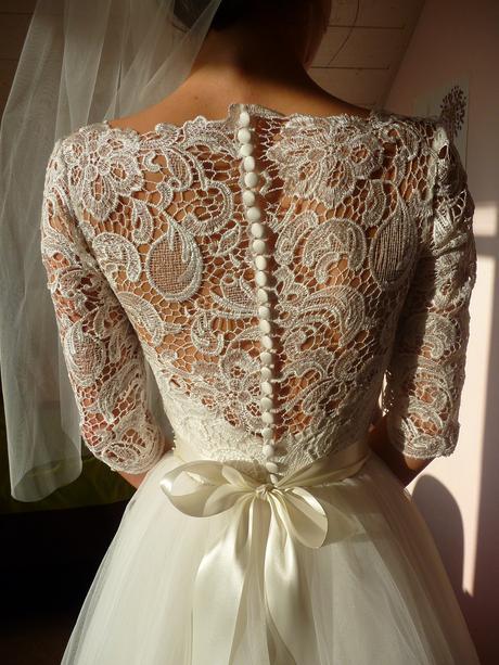 Princeznovske svadobné šaty pre menšiu nevestu, 36