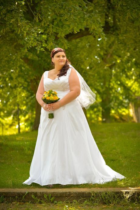 Svatební šaty pro baculku vel.48-52, 50
