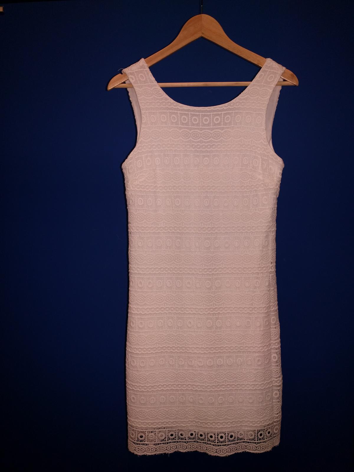 Krátke čipkované šaty veľ 34-36 2e8cc92cddd