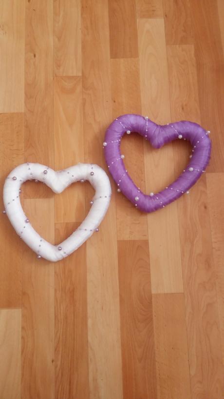 Srdiečka fialové a biele,