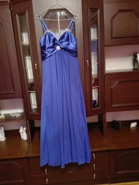 Spoločenské šaty., 38