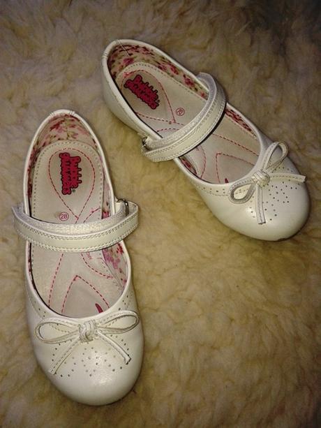 Spoločenské topánočky od Baťu, 28