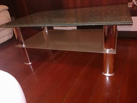 Konferencny stolik,