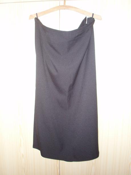 Čierna sukňa na gumičku v páse pre moletky, 50