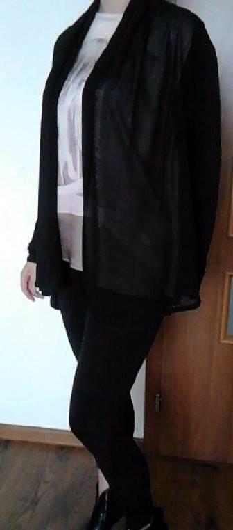 Čierny kardigan, 40