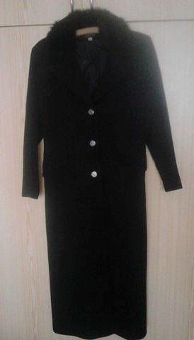 Dlhý elegantný zimný kabát, 40