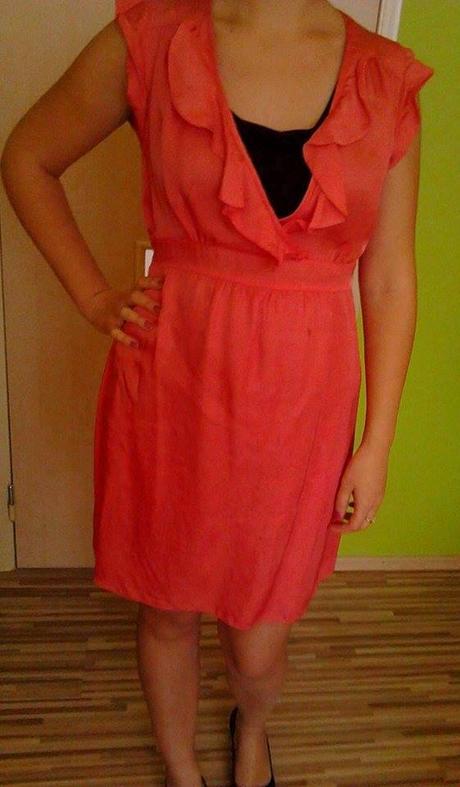 Tehotenské šaty, 40