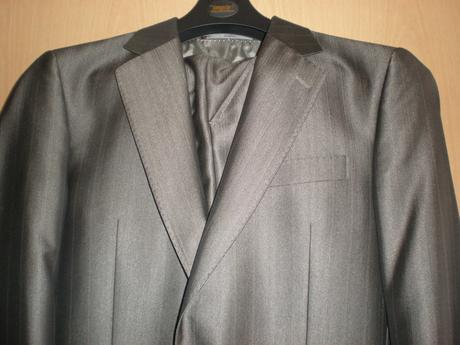 bandi hnědý oblek, 48