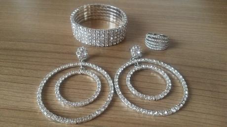 Štrasové šperky,