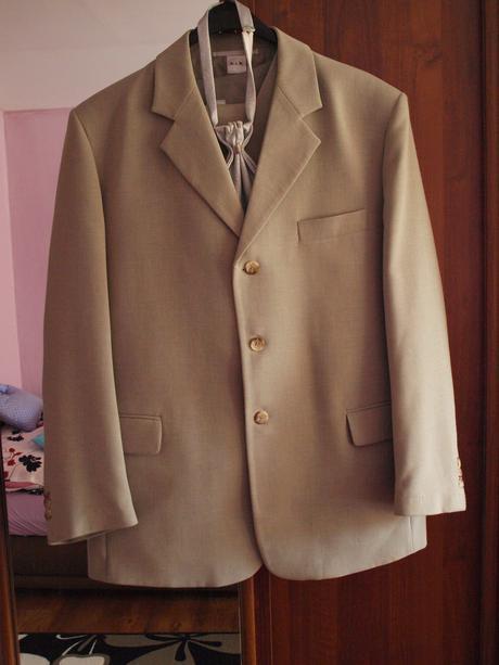 Oblek , 52